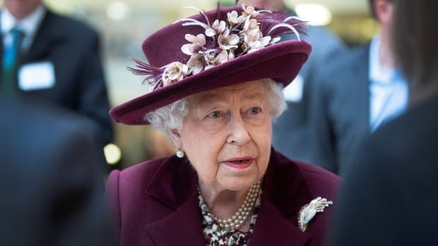 Why the Queen's rare broadcast will bring 'dignity and gravitas' to the battle against COVID-19 | CBC News