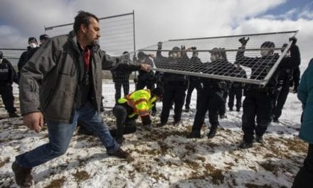 Gathering outside Alberta church attended by conspiracy theorists – Canada News – Castanet.net