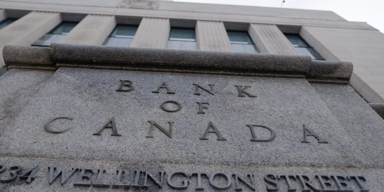 Bank of Canada holds interest rate steady to encourage growth