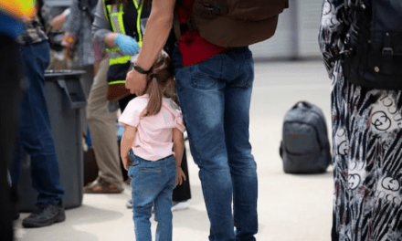 Calgary chosen as port of entry for Afghan refugees arriving in Canada from U.S.   Radio-Canada.ca